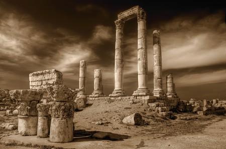 the citadel: Tempio di Ercole in Amman Citadel, sito al-Qasr, Jordan
