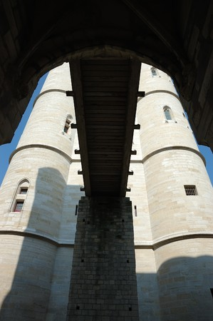 adn: Dungeon y levantar el puente de Chateau de Vincennes  Foto de archivo