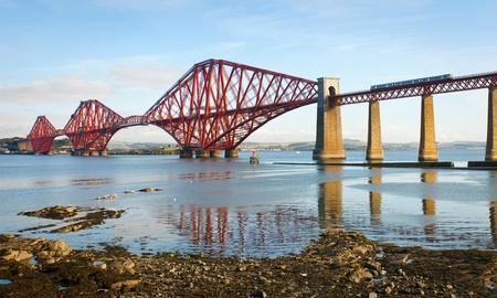 edinburgh: Forth railway bridge over the Firth of Forth near Edinburgh, Scotland