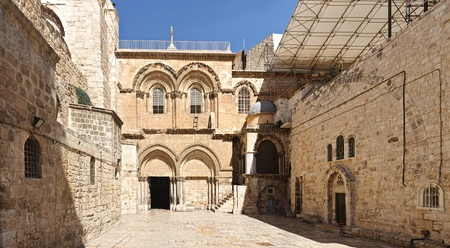 sepulcher: Main entrance to the Church of the Holy Sepulchre in Jerusalem, Israel