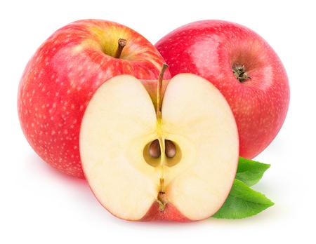 pomme rouge: Pommes isolées. Couper les pommes rouges isolées sur fond blanc Banque d'images