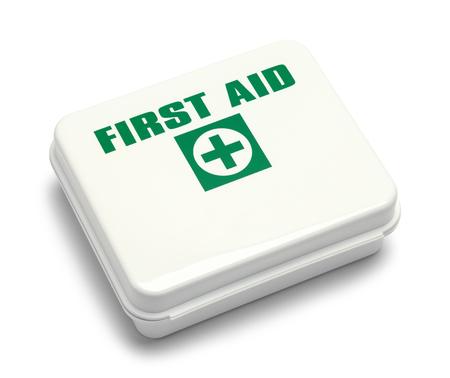 Boîte de premiers soins isolée sur fond blanc. Banque d'images - 87891229
