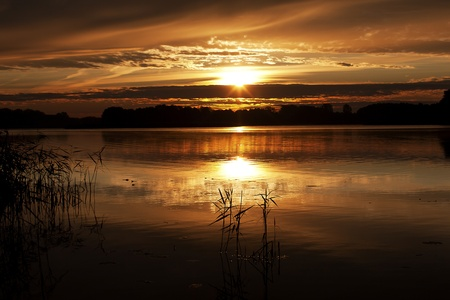 zachód słońca nad Wigry w Wigierskim Parku Narodowym