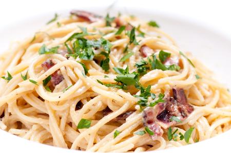 alfredo: spaghetti carbonara pasta alfredo sauce with bacon