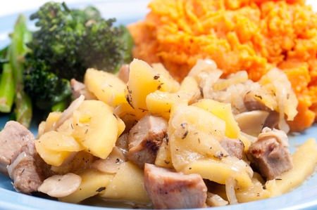 pork tenderloin: pork tenderloin with sweet potato and apple mushroom sauce
