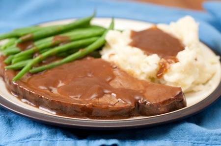 pure de papa: medium rare roast beef with mashed potatoes and gravy