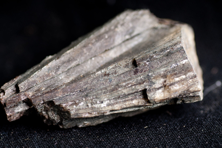 ion: maricite mineral used in sodium ion battery manufacture