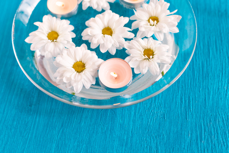 aroma bowl: Aroma Bowl with floating candles and flowers