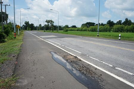 Cracks in roads in Thailand (Blurred images) Banque d'images - 132014915