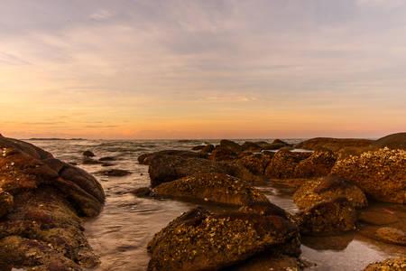 atmosphere: Atmosphere al sorgere del sole sulla spiaggia Archivio Fotografico
