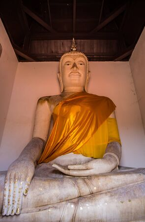 thai people: The ancient Buddha over 500 years is full of spirit and attractive for Thai people to worship at Putthaisawan temple in Ayutthaya,Thailand