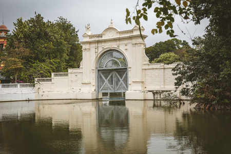 grand pa: Ayutthaya, Thailand - January 24, 2014 : beautiful floodgate at Bang Pa-In Palace Thailand