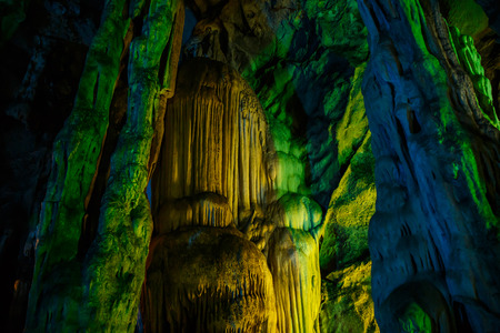 turismo ecologico: Khao Luang Cave, one of the attractions of Thailand is beautiful.