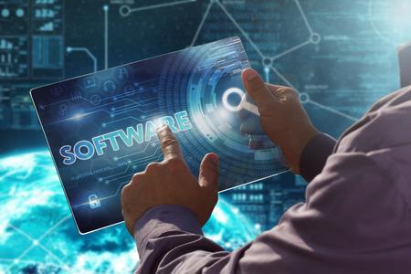 인터넷. 사업. 기술 개념입니다. 비즈니스맨 프레스 버튼 가상 스크린 태블릿 미래의 날짜에 소프트웨어입니다.