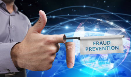 jovenes empresarios: Business, Technology, Internet and network concept. Young entrepreneurs have a creative approach to the presentation: Fraud prevention