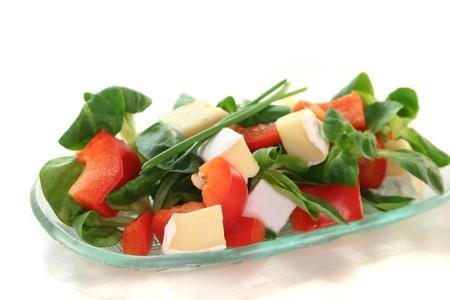 queso de cabra: ensalada mixta con ensalada de ma�z, queso de cabra y pimientos.