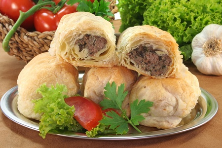 mince pie: Arab meat mince pie with fresh lettuce, tomatoes and parsley