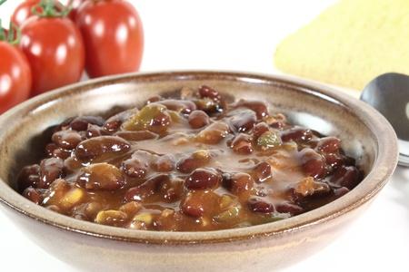 kidneybohnen: Chili con carne mit Kidneybohnen, Rindfleisch und Paprika
