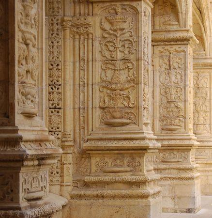 belem: columns in monastery of jer�nimos in belem, lisbon