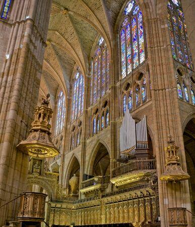 nave: Choir, organ and pulpit in central nave of Santa Maria de Leon Cathedral. Leon. Castilla y Leon, Spain