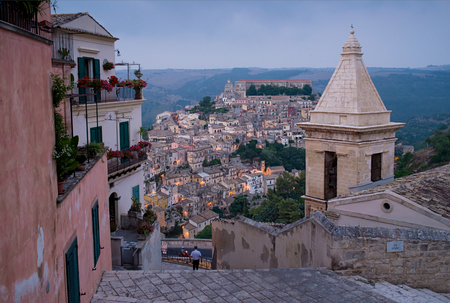 ragusa: Ragusa Ibla cityscape at sunset in Val di Noto, Sicily, Italy.