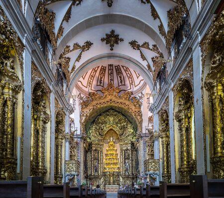religious building: Nave of Igreja dos Carmelitas church in Porto, Portugal.