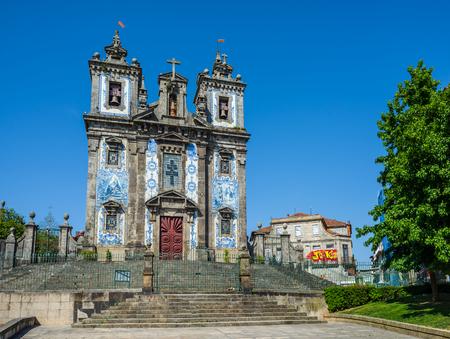 proto: Main facade of Igreja de Santo Ildefonso church in Porto, Portugal