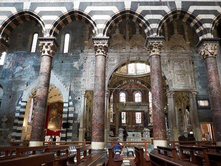 lorenzo: Genova, Italy - July 26, 2016. Inside of San Lorenzo cathedral of Genova. Liguria, Italy.