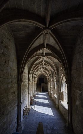 senhora: Evora, Portugal - November 29, 2016. Cloister of the Cathedral of Evora, Basilica Se Catedral de Nossa Senhora da Assuncao. Evora, Portugal.