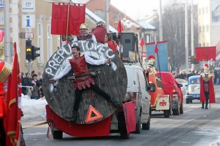 Turopoljski Carnevale a Velika Gorica � un carnevale tradizionale, dove una passeggiata grande parata attraverso la citt� intera sulla via principale. In Carnevale sono societ� la partecipazione di vari quartieri intorno alla citt� di Velika Gorica.