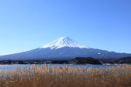 catchphrases: Mount Fuji seen from Lake Kawaguchi Stock Photo