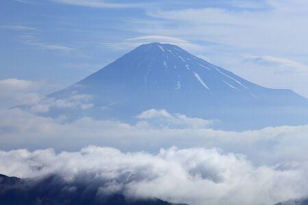 tele: Mt. Fuji and a sea of clouds Stock Photo