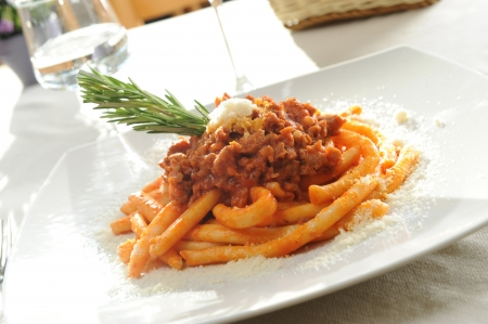 maccheroni: italian maccheroni with Bolognese sauce