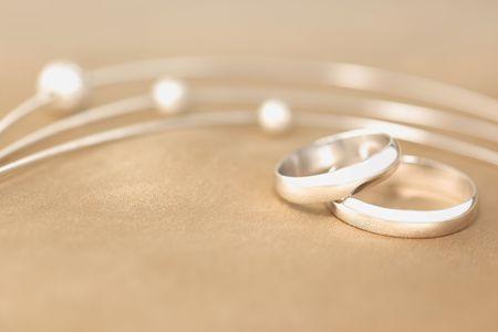 bodas de plata: Anillos de boda de seda