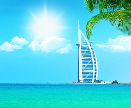 Dubai paradise beach resort met schoon zeewater, conceptuele afbeelding van vakantie & vakantie