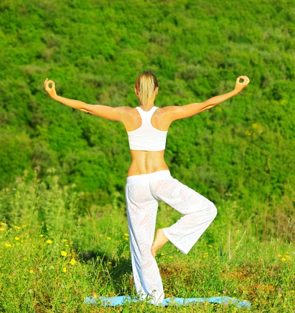 yoga outside: Healthy yoga woman exercising outdoor, fitness & sport lifestyle concept