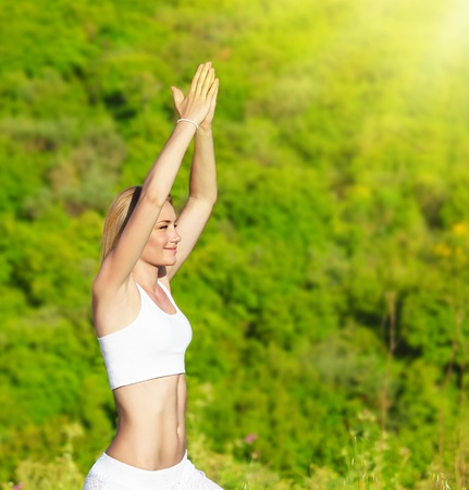 Healthy yoga woman exercising outdoor, fitness & sport lifestyle concept Stock Photo - 9763161
