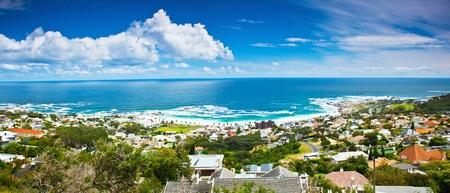 Ciudad del Cabo panorámica de la ciudad de la imagen, hermosa ciudad y la playa en la costa del océano Atlántico, África del Sur viajes Foto de archivo - 12981160
