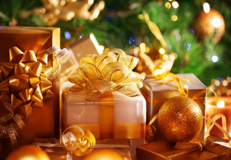 box tree: Image of luxury New Year gifts