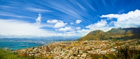 Beautiful coastal city landscape, Capetown, South Africa, high mountains, holiday and vacation concept Imagens