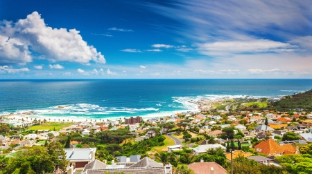 cape town: Seaside of Cape Town, beautiful coastal city in the Africa, panoramic landscape, modern buildings, travel and tourism concept Stock Photo
