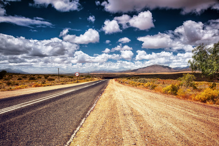 Freeway in the wild area, autobahn in countryside, sign of speed limit, auto travel in South Africa Banque d'images