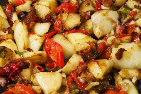 Stewed peppers with capers and potatoes Stock Photo - 10624915