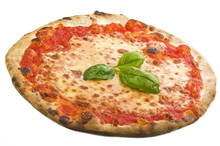 pizza: Pizza italiana en el fondo blanco
