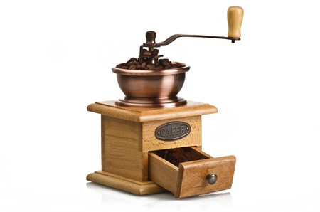meuleuse: Vintage moulin � caf� main sur blanc