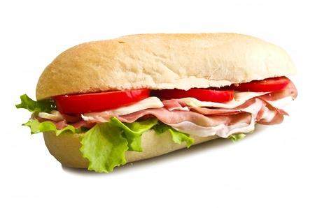 sandwich: s�ndwich con lechuga, tomate, jam�n y queso Foto de archivo