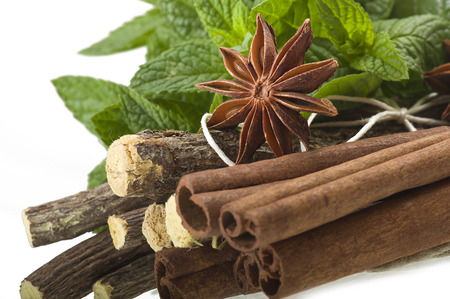 licorice: cinnamon,star anise,mint,licorice,close up on the white