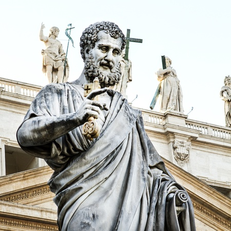 st  peter s square: 19th Century statue by Giuseppe De Fabris, showing Saint Peter the Apostle, in St Peter