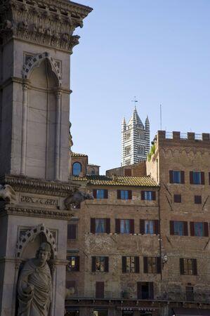toskana: Historische Geb�ude in Siena in der Toskana in Italien