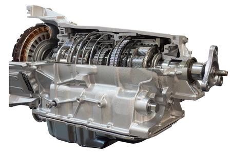 Opengewerkte transmissie: koppeling en versnellingsbak van de truck zichtbaar binnenin